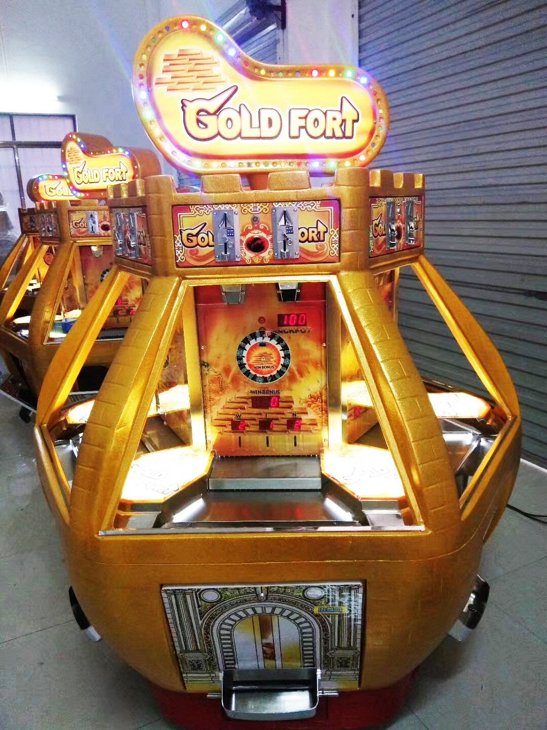 Gold Fort Coin Pusher Arcade